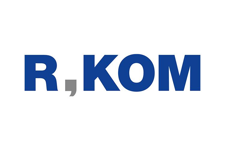 R KOM Logo